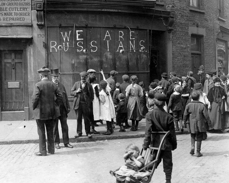 June-1915-A-sign-chalked--001.jpg