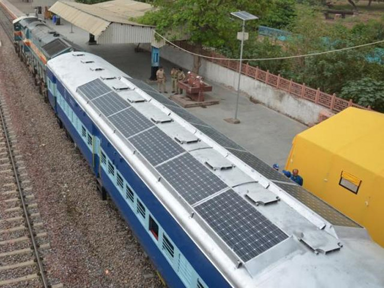 201507_india_train_solar.jpg