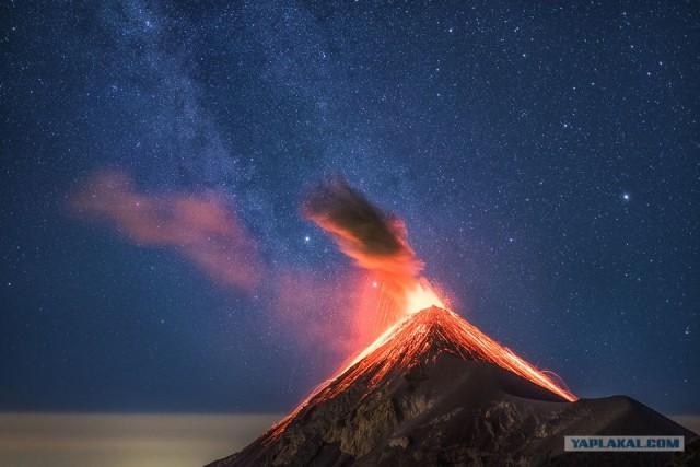201704_fuego_volcano_9629941.jpg