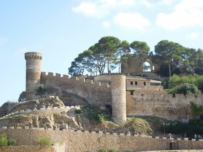 201806_tossademar_castle.jpg