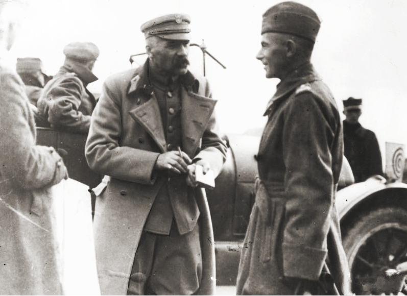 201903_Pilsudski_and_Rydz-Smigly.jpg