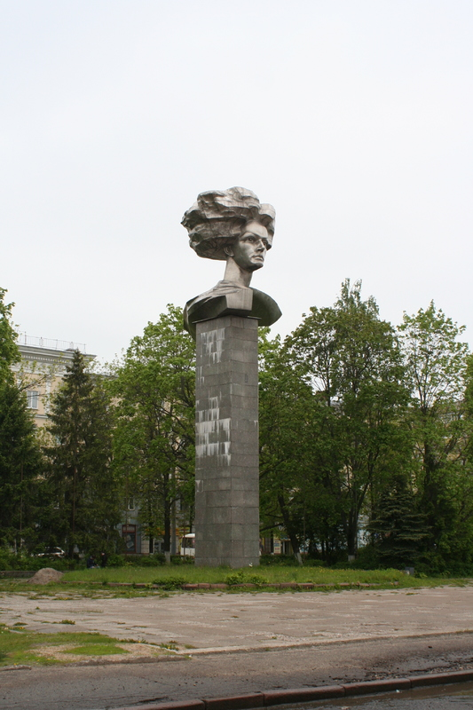 201905_ivanovo_pamyatnik.jpg