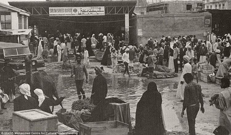 201906_dubai_1960e_bazaar.jpg