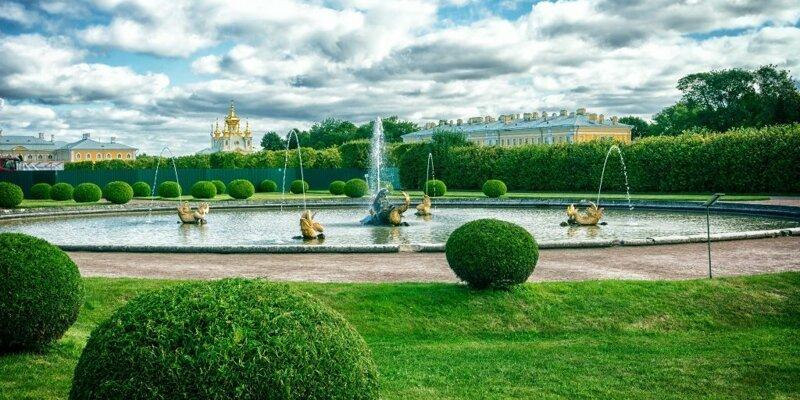 201907_russia_petergof.jpg