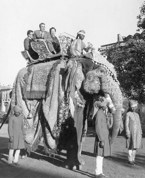 2020_leonid_ilyich_1961_elefant.jpg
