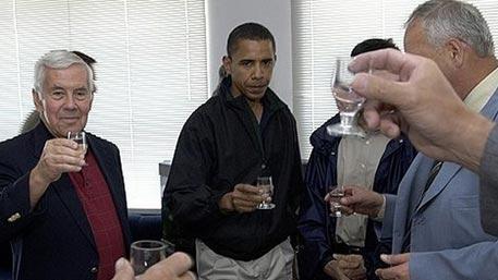 2020_obama_2005_vodka_15843134.jpg