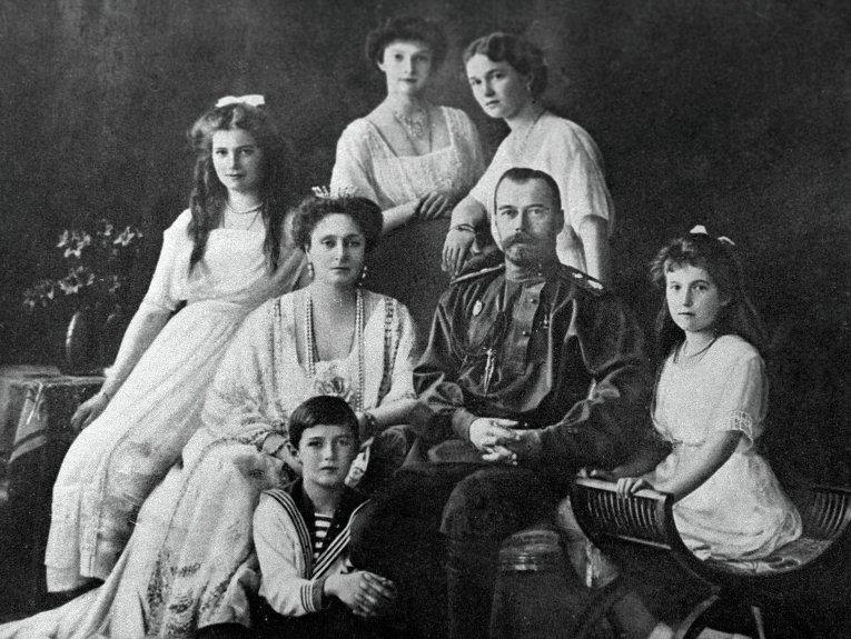 Nikolay_2_family_2013-05-18.jpg