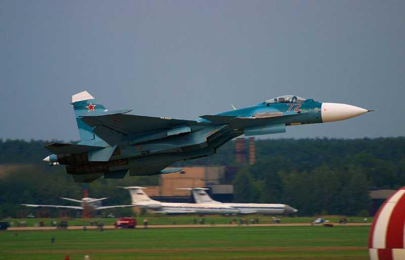 _Navy_Sukhoi_Su-33.jpg